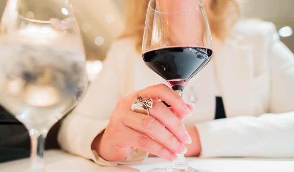 Лечение женского алкоголизма в Фрязино анонимно